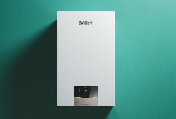 kondenzačný kotol ecoTEC exclusive na zelenej stene